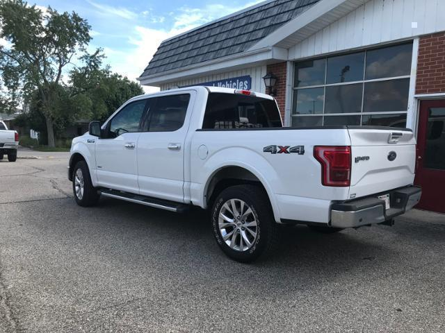 Pre-Owned 2015 Ford F-150 4WD SuperCrew 145 Lariat