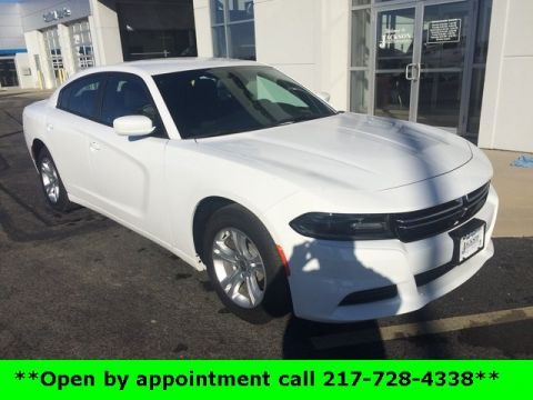 Pre-Owned 2017 Dodge Charger SE RWD 4D Sedan